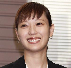 戸田恵梨香 現在 歴代 彼氏 歯茎 手術 治した