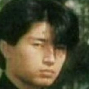 GACKT すっぴん 画像 本名 卒アル 収入源 実家