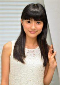 芳根京子 かわいい 素朴 可愛くない 水着 へそ 画像