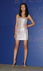 パリ モデル 脚長 インスタグラム マリー・アントワネット Koki
